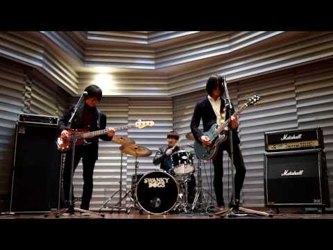 SWANKY DOGS - アイデンティティ(MV)