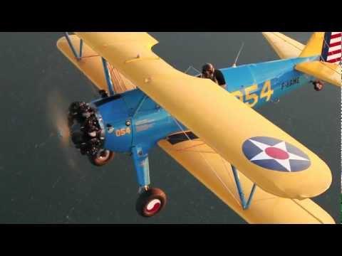 Aviation romantique et vol en biplan Stearman sur le bassin dArcachon