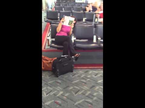 Denver airport layover to SanFran