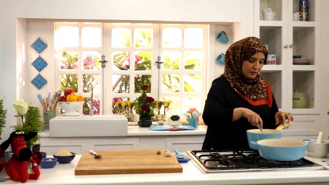 صينية القرنبيط والبروكلي بصلصة الخردل وفطيرة التفاح السريعة مع أسيا عثمان فى مطبخ أسيا (الجزء الأول)