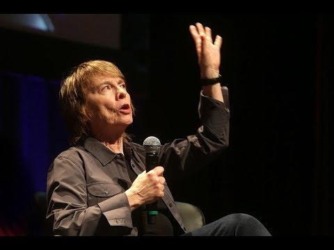 Camille Paglia on College Students, Education, Government, Women in Politics (1997)