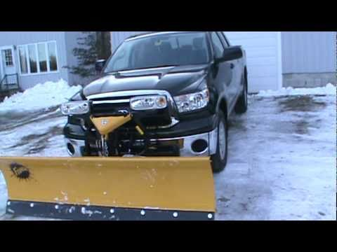 2010 Toyota Tundra With 7.5' Fisher Plow - YouTube