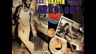 LEE SCRATCH PERRY - Roast Fish and Cornbread (Arkology III)