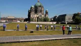 Alle 10 Minuten ein Fußballfeld -- Deutschland baut sich zu