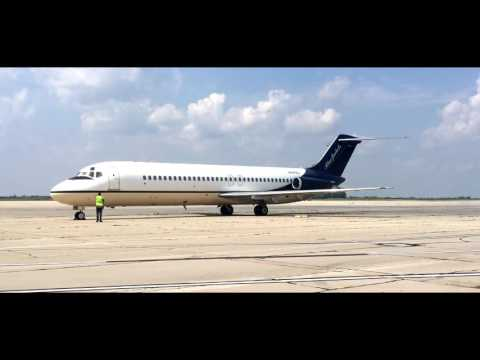 Columbus Blue Jackets Mcdonnell Douglas Dc 9 32 N697bj Taxi and