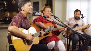 Hawaiian Style Band - Tailgate Jam (HI Sessions Live Music Video)