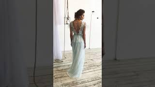 Свадебное платье «Кристелл» в нежно голубых тонах. Потрясающая деталь- украшение из бусин на спинке