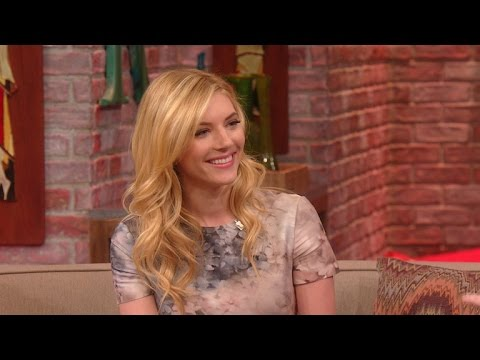 'Vikings' Star Katheryn Winnick Visits Rachael Ray