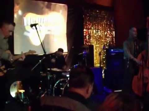 Pink Thunderbird - Dave Phillips & the Rat Rods, Hemsby 52, Thurs eve