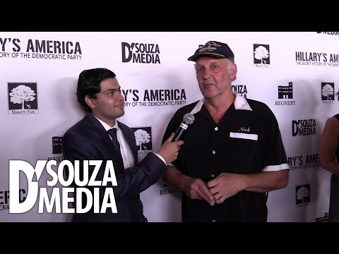 Hollywood Red Carpet: Nick Searcy Interview streaming vf