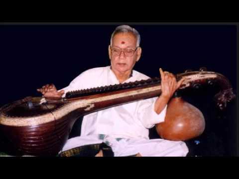 Shri R Pichumani Iyer - Saraswati Veena