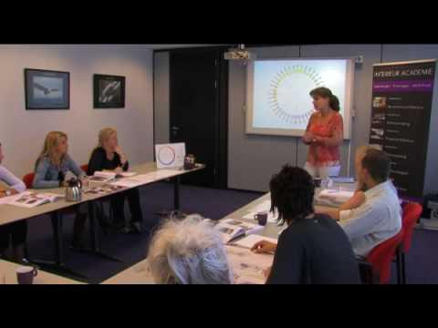 Interieur academie youtube for Interieur opleiding