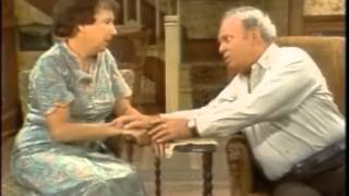The Jean Stapleton Tribute:  Archie mourns Edith