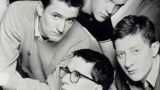 Watch Housemartins I Smell Winter video