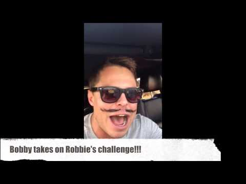 "Bobby Van Jaarsveld does English version of ""Leeuloop"" on MBD"