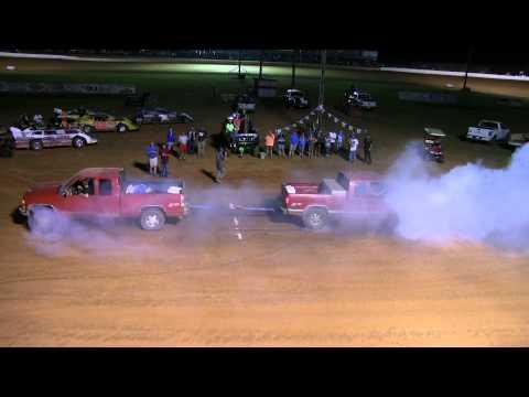 Truck Pulls Chevy Z71 VS Chevy Z71 SMOKEN!!!!