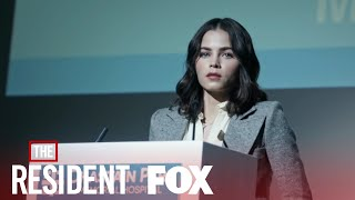 Gambar cover The Doctors Find Out Julian Is Alive | Season 2 Ep. 18 | THE RESIDENT