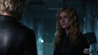 Arrow 8x04 Laurel and Mia