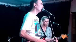 "Milky Wimpshake performs ""Le Revolution Politique"" at The Cumberland Arms 4th July 2015"