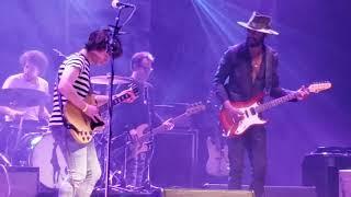 Gary Clark Jr and a lucky fan perform catfish blues. He Kill...