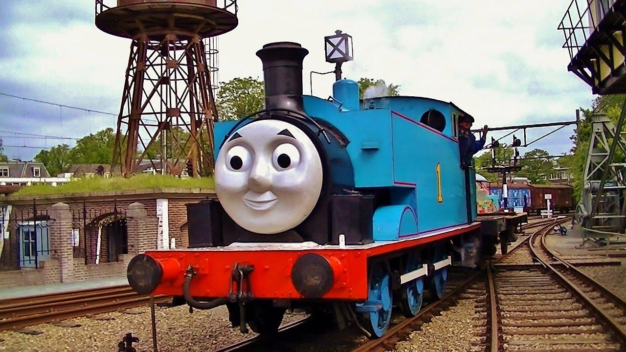 de stoomlocomotief in het spoorwegmuseum 15 mei