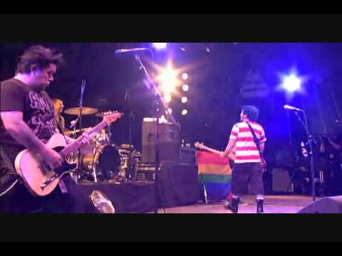 NOFX - Falling in Love Live at Lowlands