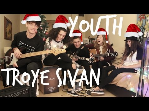 Youth-Troye Sivan (Cover by Jump to the Moon)
