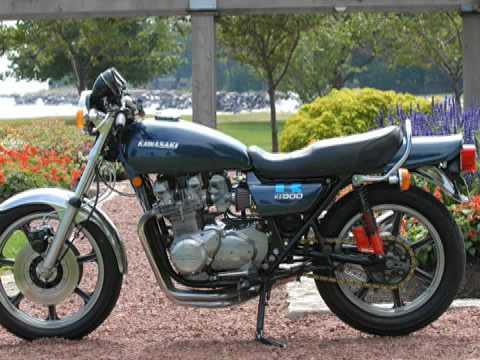 Kawasaki Kz900 Motorcycle