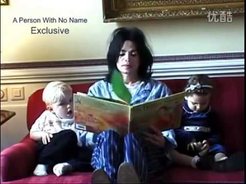 Michael Jackson reading a book to his children (Prince and Paris)