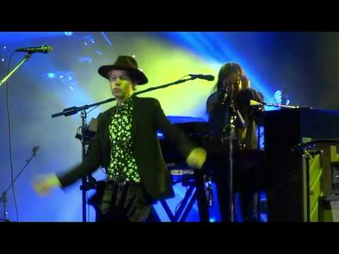 """Dreams"" (Live) - Beck - San Francisco, Treasure Island - October 28, 2015"