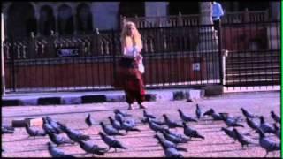 戴佩妮《回家路上》花絮-動物走上街