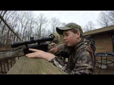 Late Season Squirrel Hunting - Five Squirrels Down!!