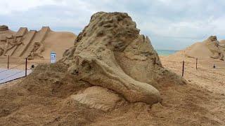 모래로 만든 공룡 스피노사우르스 - 모래조각 (해운대 …