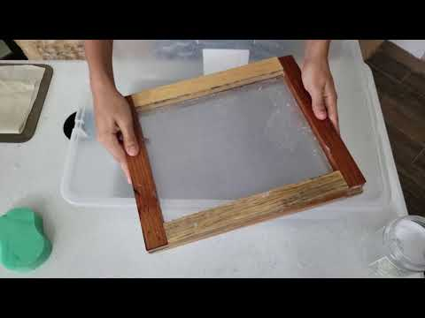 How to make recycled paper?