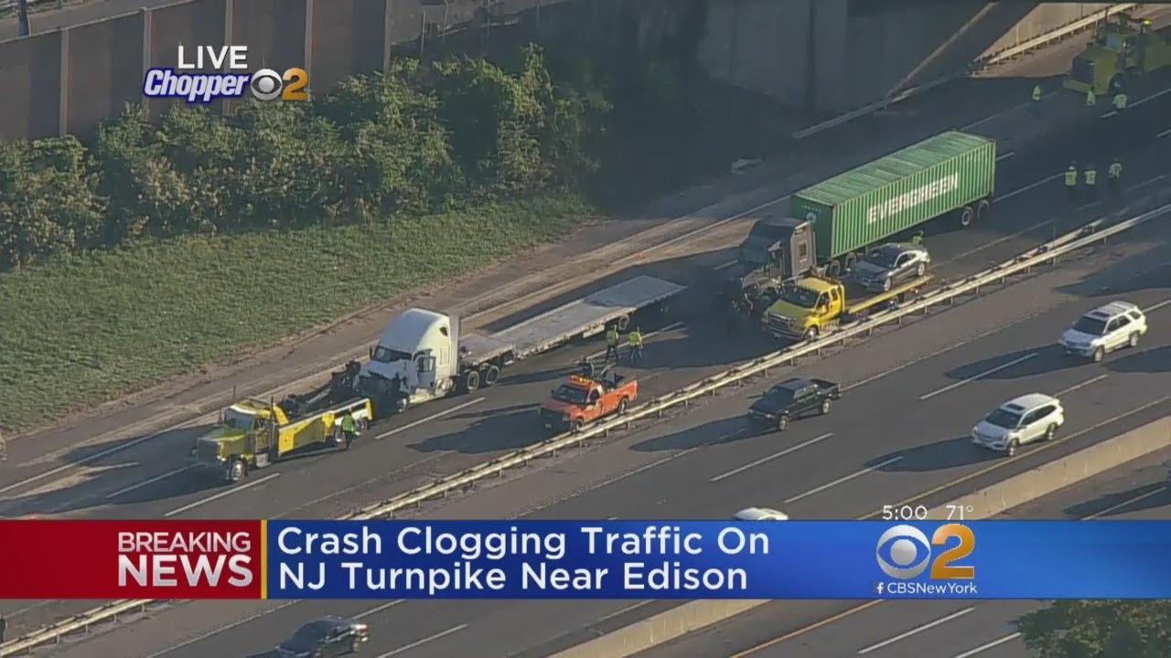 Multiple Vehicle Crash Snarls NJ Turnpike Traffic