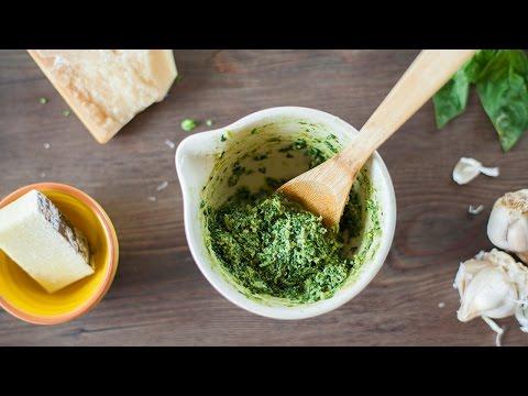 Basilikum Pesto selber machen (Pesto genovese) Rezept und Video