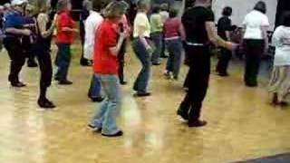 AMI OH  32 Count 4 Wall Beg Line Dance by Vivienne Scott