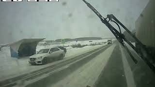 Ultimate IDIOT Winter FUNNY DRIVERS, CRAZY FUNNY Winter FAILS 2016