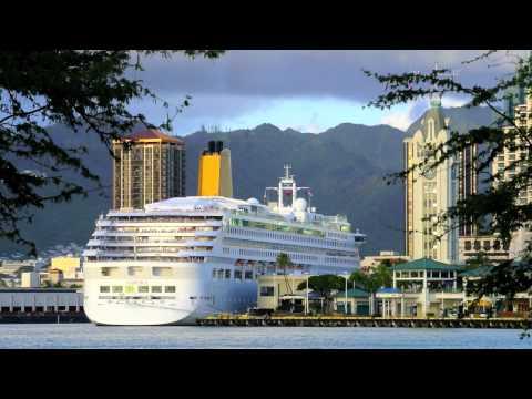 P&O's AURORA departs Honolulu, Hawaii