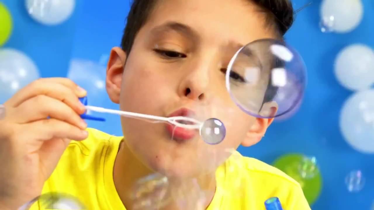 Набор для изготовления пузырей 4m шалтай-болтай — это возможность создать гигантские, яркие и прочные пузыри, которые не будут лопаться в руках у ребенка. Более того, из них можно создавать различные фигуры и постройки. В набор входит тюбик с пастой для выдувания пузырей (20 грамм),