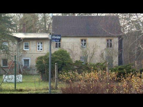 Ein Ganzes Dorf Zum Schnäppchenpreis Youtube