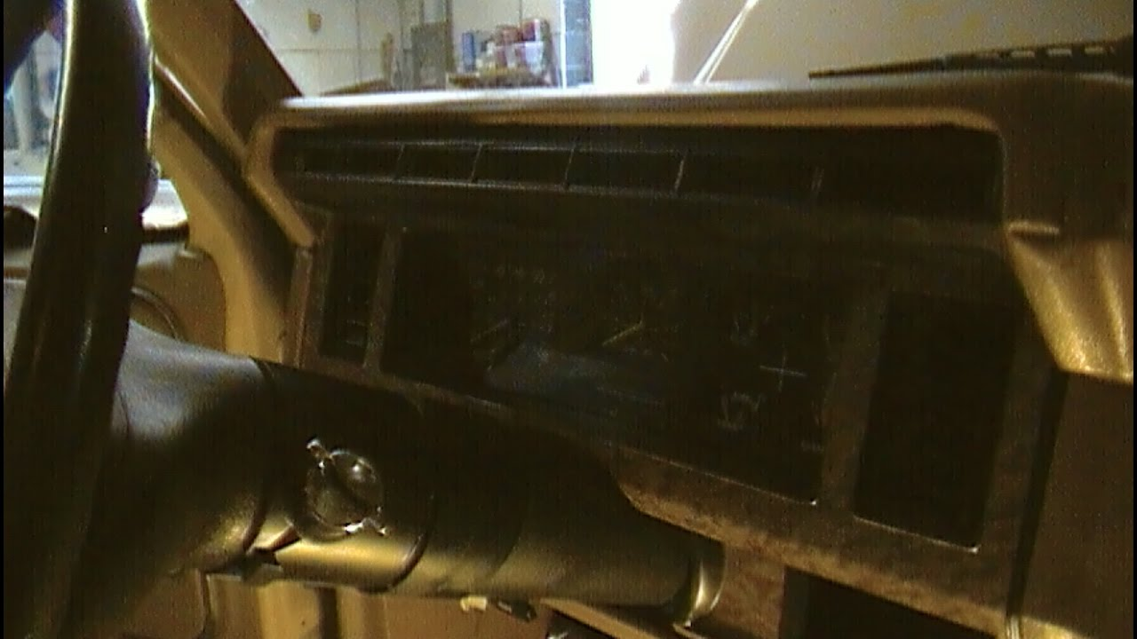 instrument panel removal 1980-1986 ford bronco/ f150 / f250