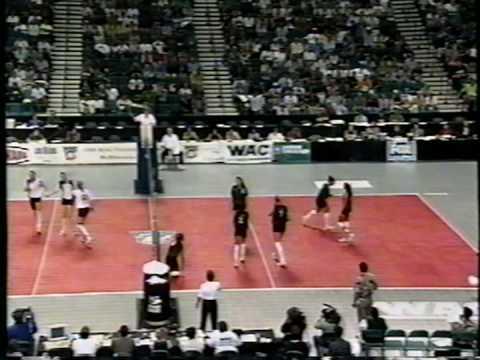 12 Wahine Volleyball g4