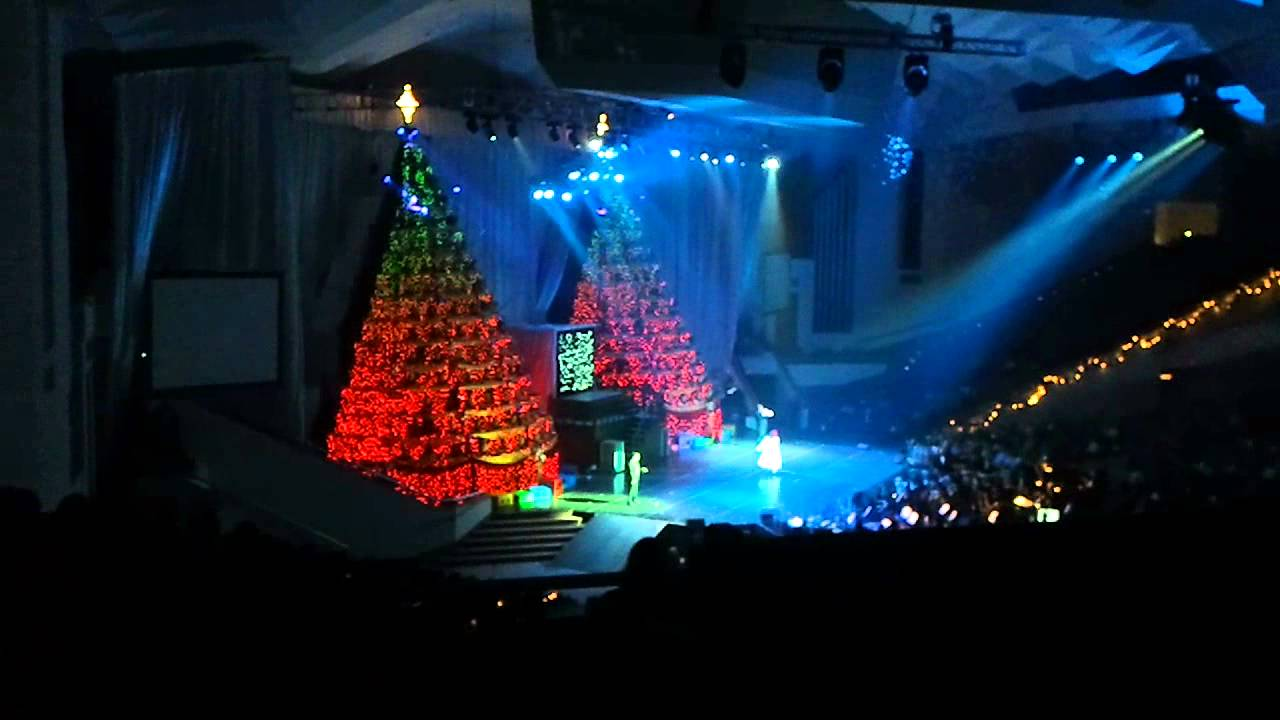 Singing Christmas Tree Orlando.The Singing Christmas Tree Event At First Baptist Church Of Orlando By Nicholas Lee Fagan