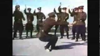 Communist Russia Party Dance SWAGGA! (DARUDE - SANDSTORM)