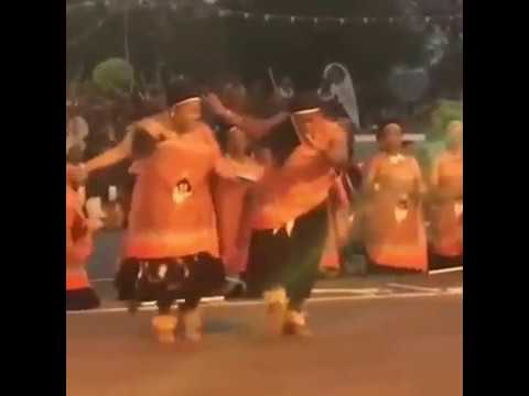 Swazi Women Dancing and Dabbing for their King