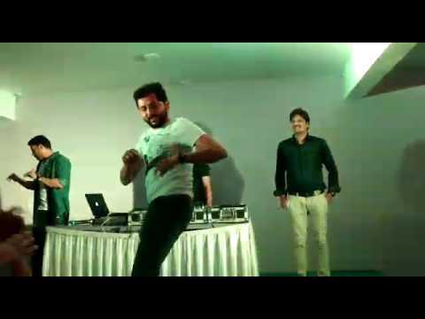 Nahata's teachers dance at Mandav Dj night
