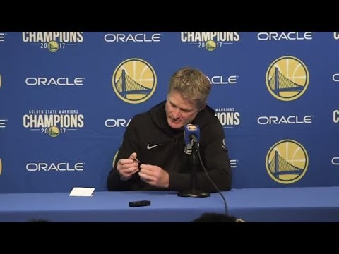 Steve Kerr clips his nails while reporters tweet at news conference | ESPN