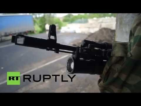 Ukraine: People's Militia of Donbass man checkpoints around Slavyansk