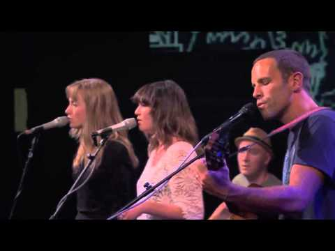 Jack Johnson   Live at iTunes Festival 2013 Don't Believe A Thing I Say HD